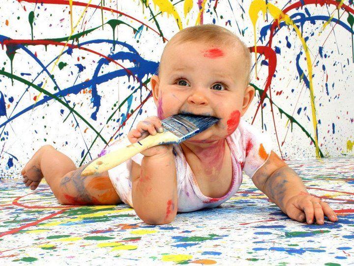 bebe pintura