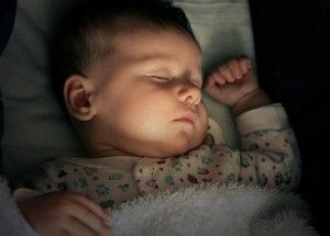el niño duerme mas