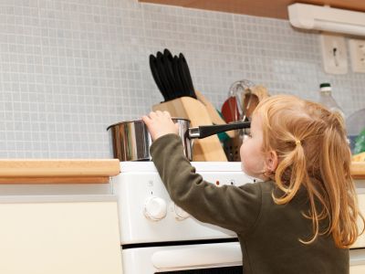dangers in the kitchen for children