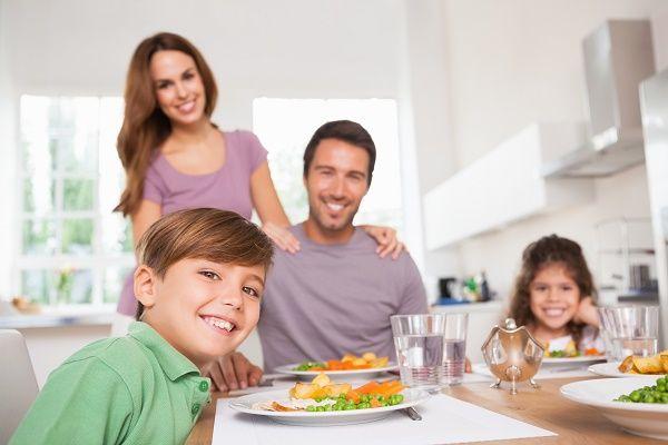 cena en familia casa