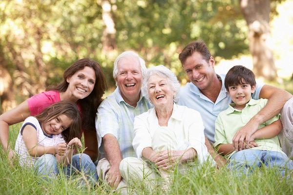 abuelo nietos hijos