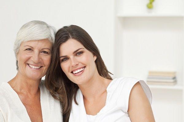 madre e hija mayores