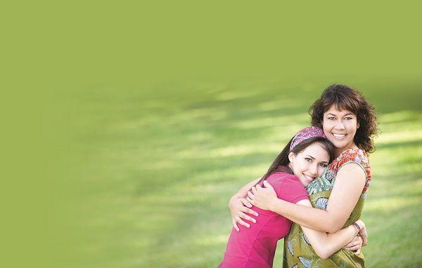 mama e hija adolescente morenas